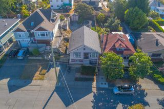 Photo 3: 483 Constance Ave in : Es Saxe Point House for sale (Esquimalt)  : MLS®# 854957