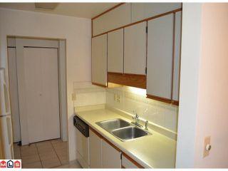 """Photo 6: 101 1460 MARTIN Street: White Rock Condo for sale in """"CAPISTRANO"""" (South Surrey White Rock)  : MLS®# F1205256"""