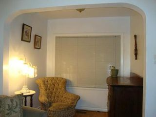 Photo 3: 351 SYDNEY Avenue in Winnipeg: Residential for sale (Canada)  : MLS®# 1203499