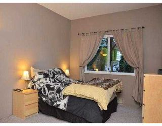 Photo 6: 102 450 BROMLEY Street in Coquitlam: Coquitlam East Condo for sale : MLS®# V982968