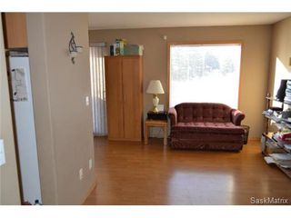 Photo 4: #9 - 103 Berini DRIVE in Saskatoon: Erindale Condominium for sale (Saskatoon Area 01)  : MLS®# 450315
