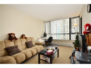 "Photo 6: 2305 928 HOMER Street in Vancouver: Yaletown Condo for sale in ""YALETOWN PARK 1"" (Vancouver West)  : MLS®# V1023790"