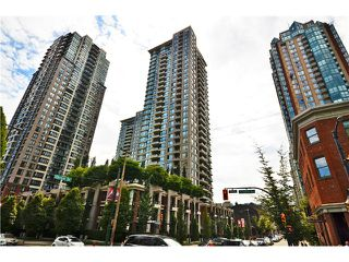 "Photo 1: 2305 928 HOMER Street in Vancouver: Yaletown Condo for sale in ""YALETOWN PARK 1"" (Vancouver West)  : MLS®# V1023790"