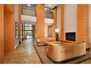 "Photo 13: 2305 928 HOMER Street in Vancouver: Yaletown Condo for sale in ""YALETOWN PARK 1"" (Vancouver West)  : MLS®# V1023790"