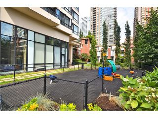 "Photo 12: 2305 928 HOMER Street in Vancouver: Yaletown Condo for sale in ""YALETOWN PARK 1"" (Vancouver West)  : MLS®# V1023790"