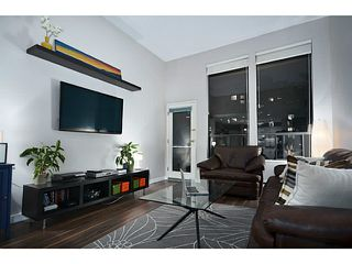 Photo 1: 307 1551 W 11th Street in Vancouver: Fairview VW Condo for sale (Vancouver West)  : MLS®# V1043192