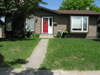 Photo 1: 1131 Chancellor Drive in Winnipeg: Waverley Heights Single Family Detached for sale (South Winnipeg)  : MLS®# 1415716