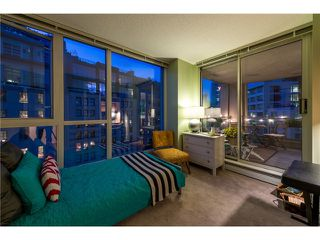 Photo 13: # 702 183 KEEFER PL in Vancouver: Downtown VW Condo for sale (Vancouver West)  : MLS®# V1102479