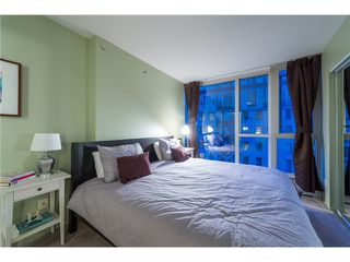 Photo 5: # 702 183 KEEFER PL in Vancouver: Downtown VW Condo for sale (Vancouver West)  : MLS®# V1102479