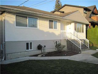 Photo 2: 4247 WINNIFRED ST in Burnaby: South Slope House for sale (Burnaby South)  : MLS®# V1109144
