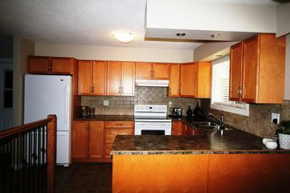 Photo 5: 2151 Northeast 20 Avenue in Salmon Arm: Across From Lakeview Meadows House for sale : MLS®# 10096294
