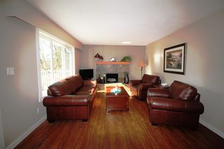 Photo 2: 2151 Northeast 20 Avenue in Salmon Arm: Across From Lakeview Meadows House for sale : MLS®# 10096294