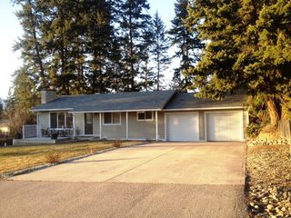 Photo 1: 2151 Northeast 20 Avenue in Salmon Arm: Across From Lakeview Meadows House for sale : MLS®# 10096294