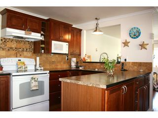 Photo 3: # 103 1840 160 ST in Surrey: King George Corridor House for sale (South Surrey White Rock)  : MLS®# F1441004
