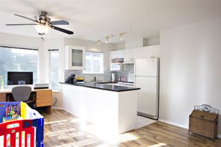 Photo 7: 301 1562 W 5TH AVENUE in Vancouver: False Creek Condo for sale (Vancouver West)  : MLS®# R2041201