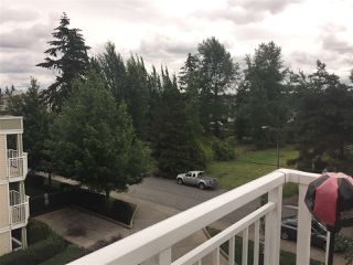 Photo 8: 408 20189 54 AVENUE in Langley: Langley City Condo for sale : MLS®# R2085730