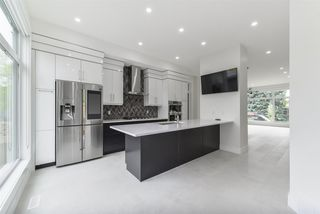 Photo 11: 13706 101 Avenue in Edmonton: Zone 11 House for sale : MLS®# E4170486