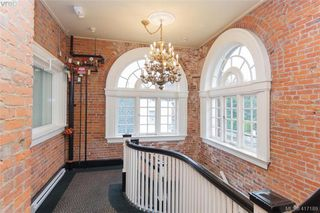 Photo 3: 306 1602 Quadra St in VICTORIA: Vi Central Park Condo Apartment for sale (Victoria)  : MLS®# 827680