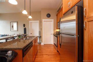 Photo 9: 306 1602 Quadra Street in VICTORIA: Vi Central Park Condo Apartment for sale (Victoria)  : MLS®# 417189