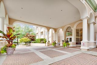 Photo 2: 311 2995 PRINCESS CRESCENT in Coquitlam: Canyon Springs Condo for sale : MLS®# R2414281