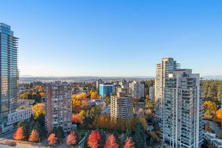 "Photo 3: 2705 4333 CENTRAL Boulevard in Burnaby: Metrotown Condo for sale in ""THE PRESIDIA"" (Burnaby South)  : MLS®# R2419785"