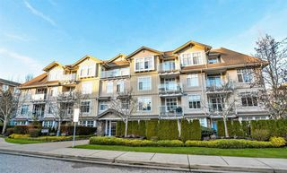 Main Photo: 101 15323 17A Avenue in Surrey: King George Corridor Condo for sale (South Surrey White Rock)  : MLS®# R2432246