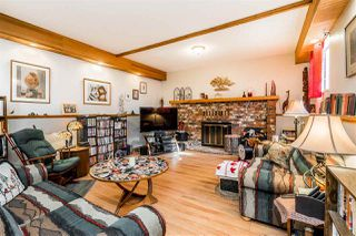 """Photo 2: 1580 LEE Street: White Rock House for sale in """"White Rock"""" (South Surrey White Rock)  : MLS®# R2452357"""