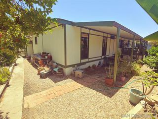 Photo 21: VISTA Manufactured Home for sale : 2 bedrooms : 200 S Emerald Dr #Spc 32