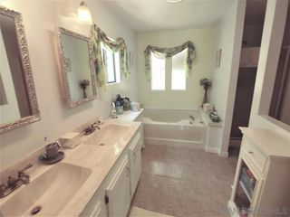 Photo 10: VISTA Manufactured Home for sale : 2 bedrooms : 200 S Emerald Dr #Spc 32