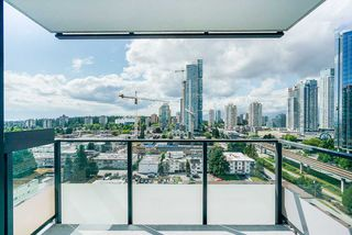 "Photo 15: 1806 6658 DOW Avenue in Burnaby: Metrotown Condo for sale in ""MODA"" (Burnaby South)  : MLS®# R2476384"