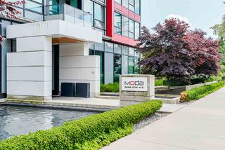 "Photo 1: 1806 6658 DOW Avenue in Burnaby: Metrotown Condo for sale in ""MODA"" (Burnaby South)  : MLS®# R2476384"