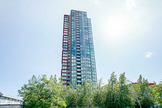"Photo 2: 1806 6658 DOW Avenue in Burnaby: Metrotown Condo for sale in ""MODA"" (Burnaby South)  : MLS®# R2476384"