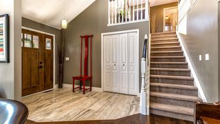 Photo 4: 127 EDGEHILL Court NW in Calgary: Edgemont Detached for sale : MLS®# A1018347