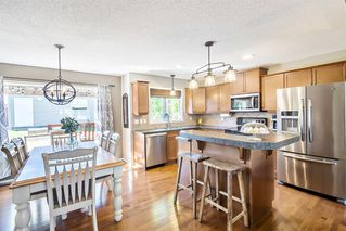 Photo 12: 744 PRESTWICK Circle SE in Calgary: McKenzie Towne Detached for sale : MLS®# A1024986