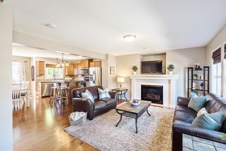Photo 6: 744 PRESTWICK Circle SE in Calgary: McKenzie Towne Detached for sale : MLS®# A1024986
