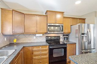 Photo 11: 744 PRESTWICK Circle SE in Calgary: McKenzie Towne Detached for sale : MLS®# A1024986