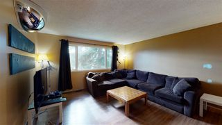 Photo 2: 890 KNOTTWOOD Road S in Edmonton: Zone 29 House for sale : MLS®# E4213486