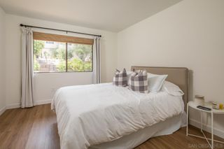 Photo 15: LA JOLLA House for sale : 3 bedrooms : 5658 Desert View Drive