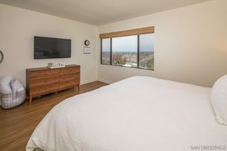 Photo 13: LA JOLLA House for sale : 3 bedrooms : 5658 Desert View Drive
