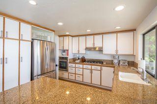 Photo 6: LA JOLLA House for sale : 3 bedrooms : 5658 Desert View Drive