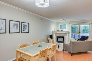 Photo 4: 102 1025 Meares St in : Vi Downtown Condo for sale (Victoria)  : MLS®# 858477