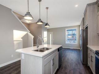 Photo 8: 78 Skyview Parade NE in Calgary: Skyview Ranch Row/Townhouse for sale : MLS®# A1051457