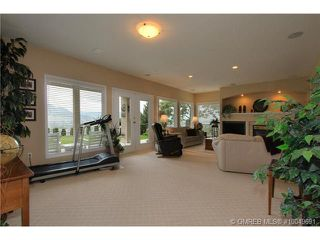 Photo 11: 2220 Waddington Court in Kelowna: Residential Detached for sale : MLS®# 10049691