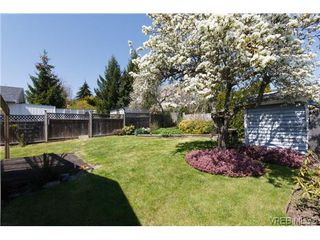 Photo 19: 1222 Alan Rd in VICTORIA: SW Layritz House for sale (Saanich West)  : MLS®# 637712