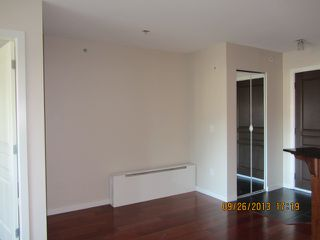 Photo 5: # 408 1969 WESTMINSTER AV in Port Coquitlam: Glenwood PQ Condo for sale : MLS®# V1084478