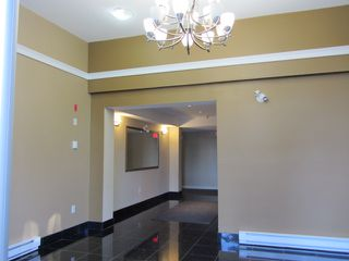 Photo 2: # 408 1969 WESTMINSTER AV in Port Coquitlam: Glenwood PQ Condo for sale : MLS®# V1084478