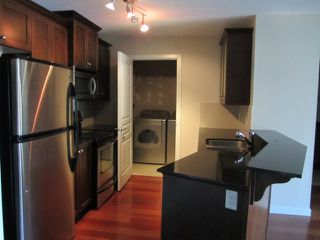Photo 6: # 408 1969 WESTMINSTER AV in Port Coquitlam: Glenwood PQ Condo for sale : MLS®# V1084478