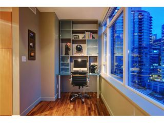 Photo 8: # 1304 1281 W CORDOVA ST in Vancouver: Coal Harbour Condo for sale (Vancouver West)  : MLS®# V1064989