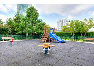 "Photo 16: 2105 1067 MARINASIDE Crescent in Vancouver: Yaletown Condo for sale in ""QUAY WEST II"" (Vancouver West)  : MLS®# V1076929"