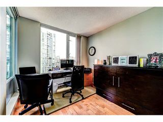 "Photo 11: 2105 1067 MARINASIDE Crescent in Vancouver: Yaletown Condo for sale in ""QUAY WEST II"" (Vancouver West)  : MLS®# V1076929"